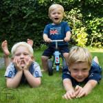 3 kids (1 van 1)