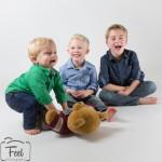 3 kids 2 (1 van 1)